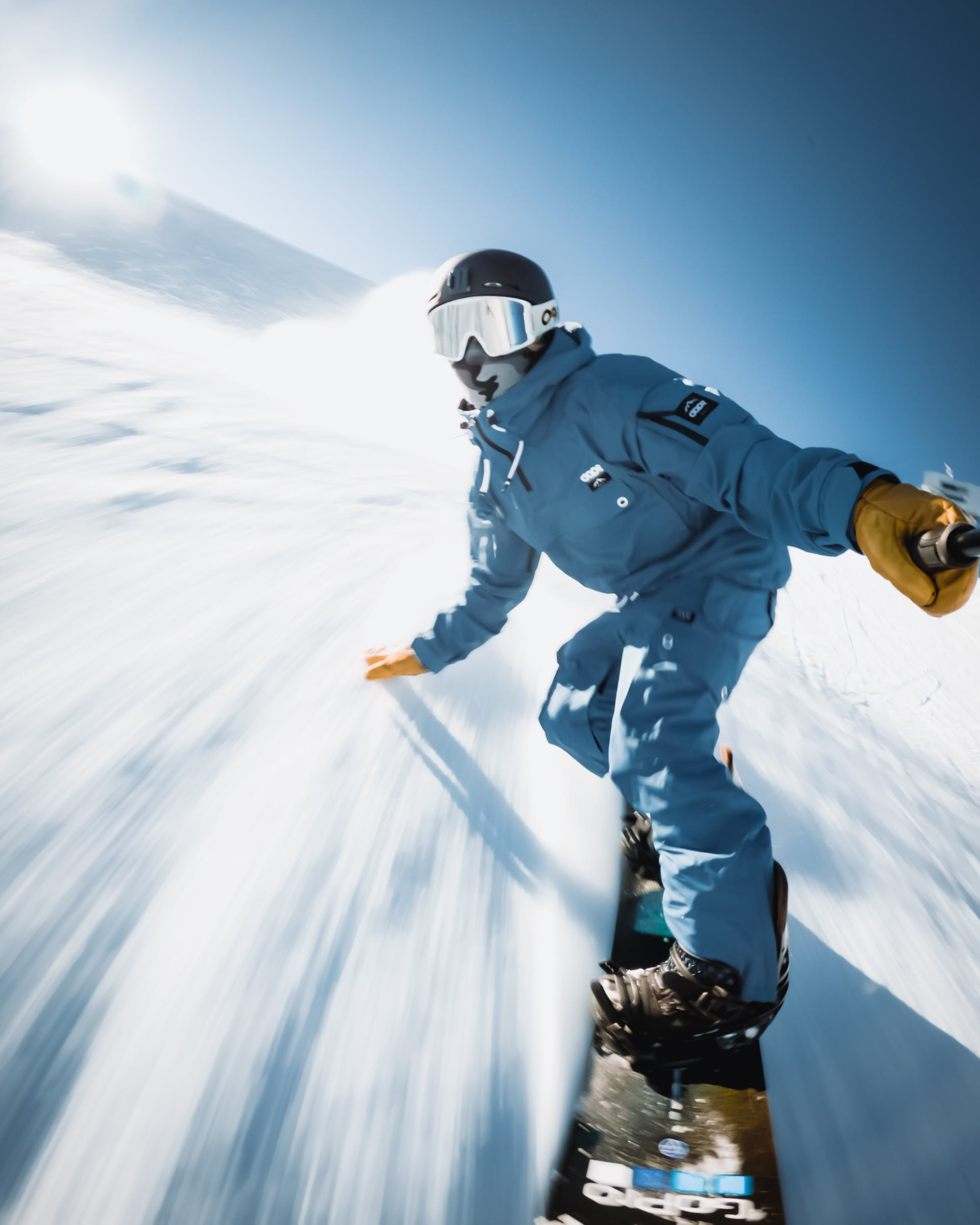 tips for buying gifts for skiers