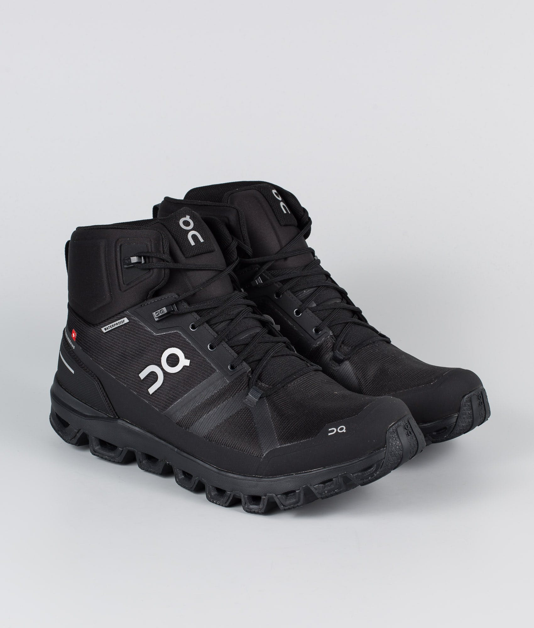 onshoes hiking boot