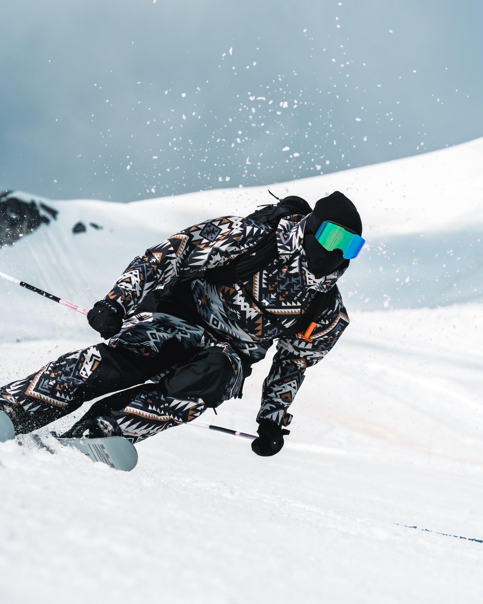 history of alpine skiing
