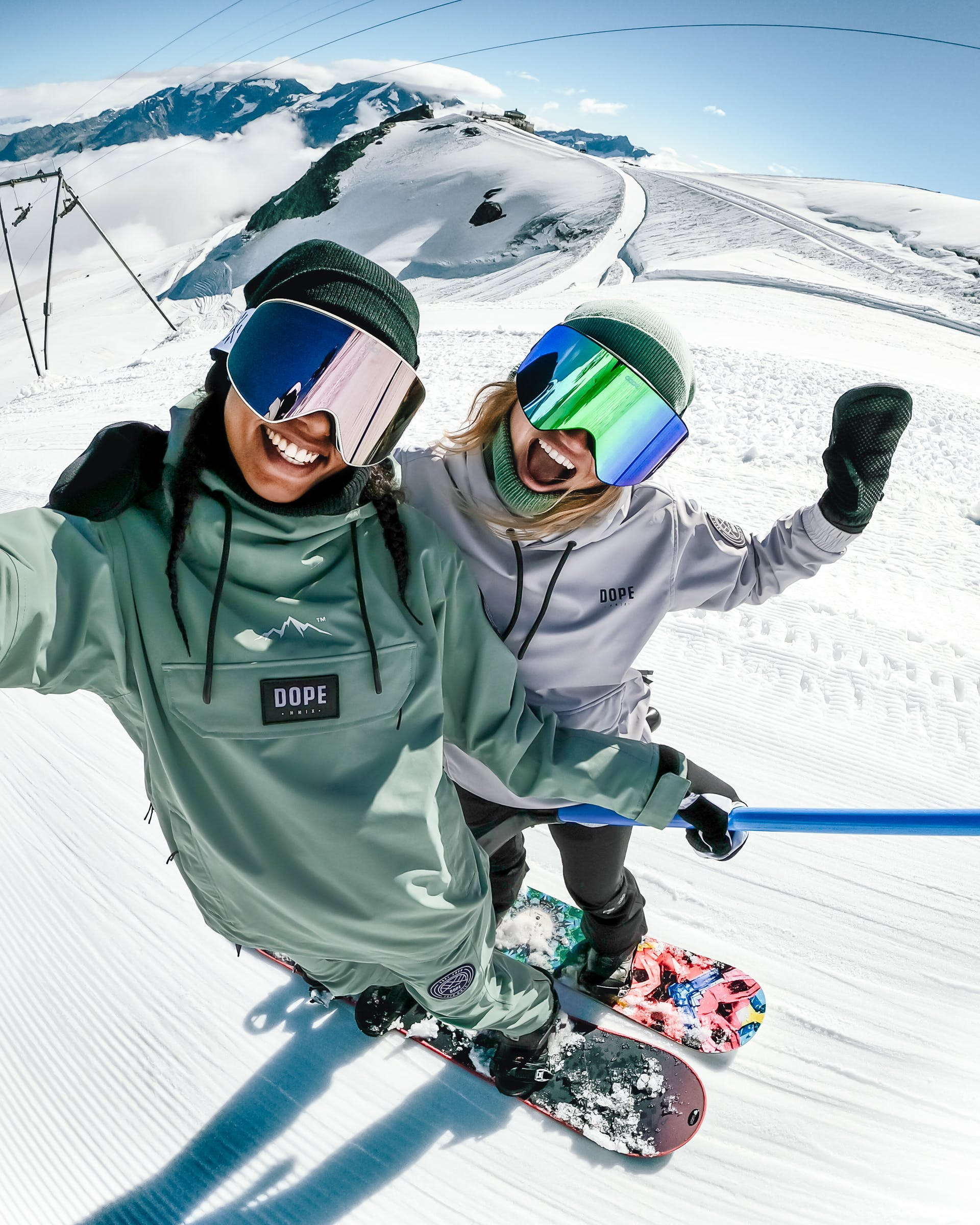 The first known history of the snowboard