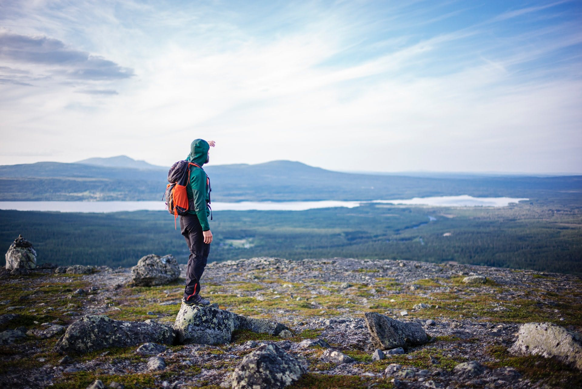 best time to hike in sweden