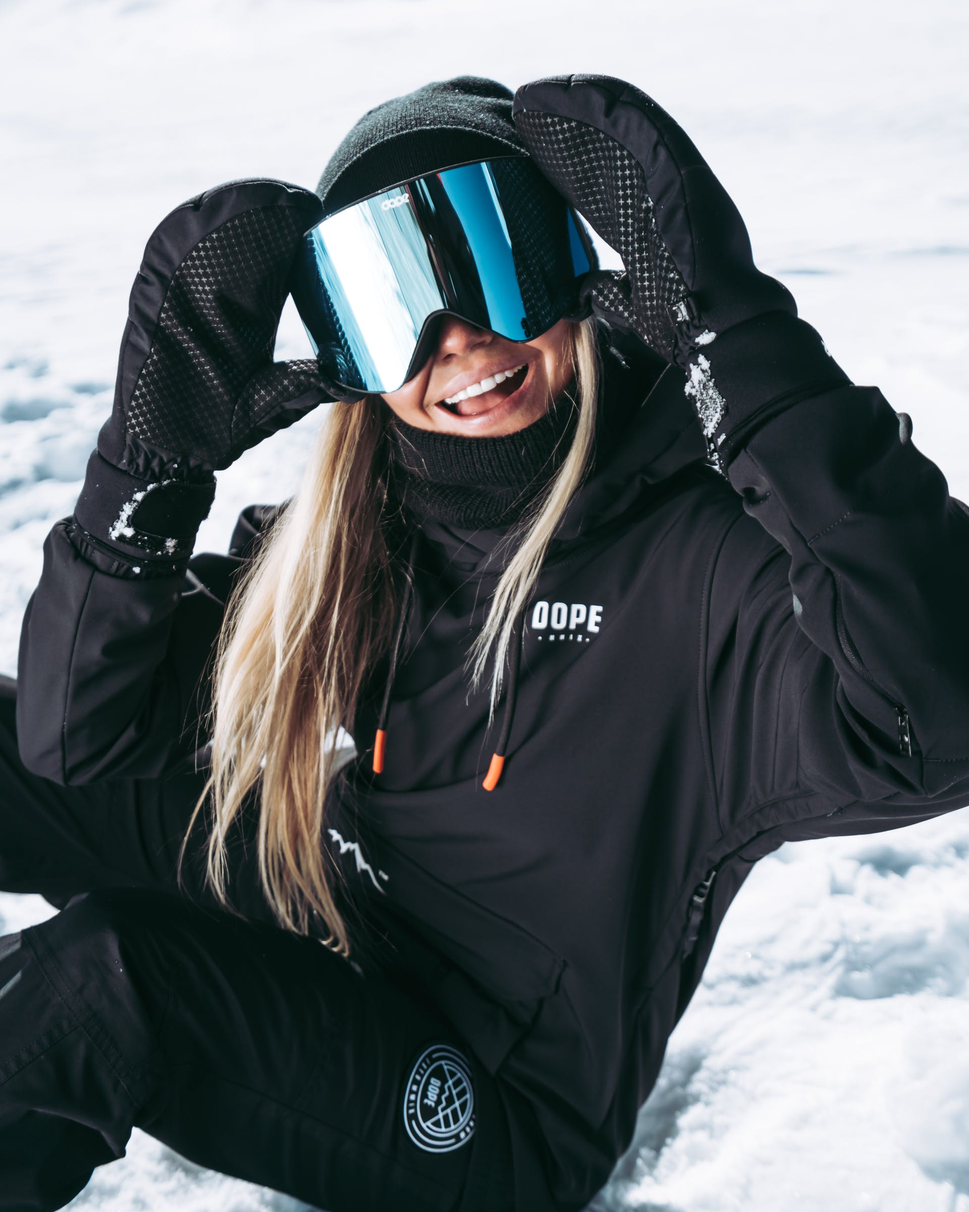 How To Take Care Of Your Ski or Snowboard Goggles _ Ridestore Mag