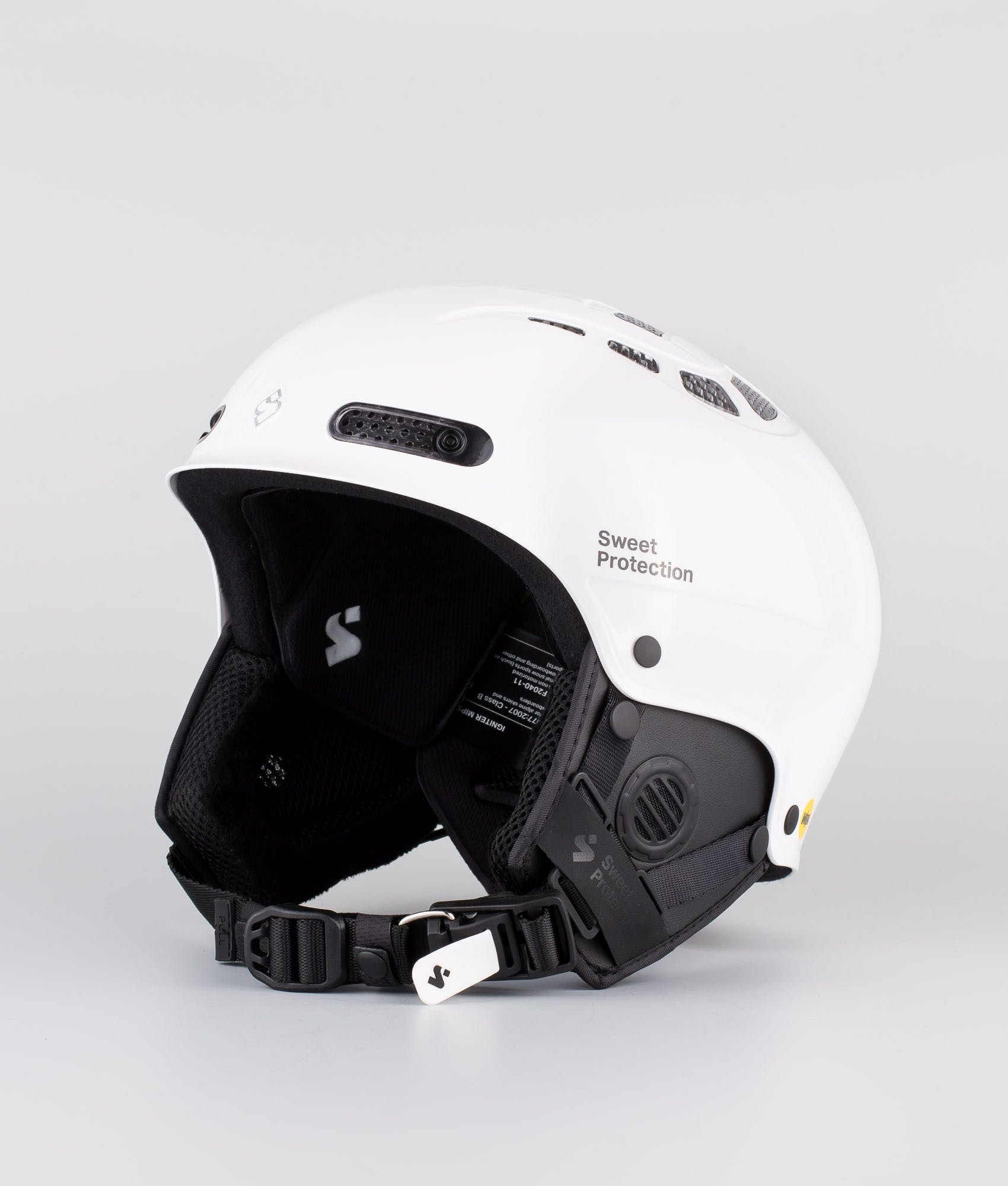 Sweet protection ski helmet