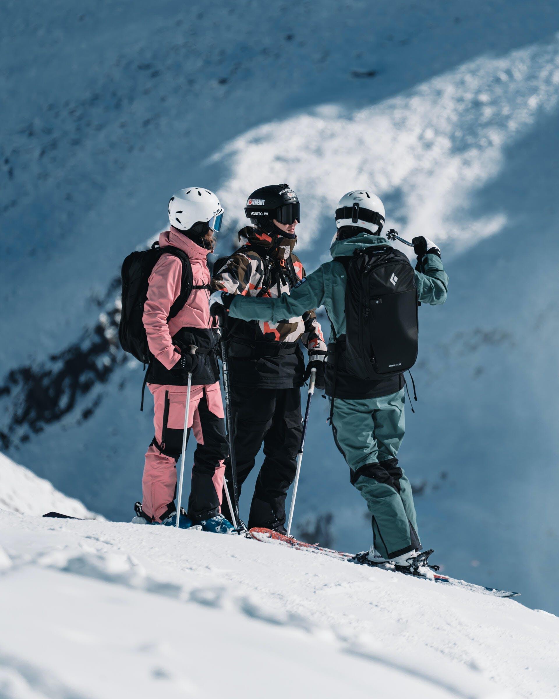 girls group ski holiday resorts