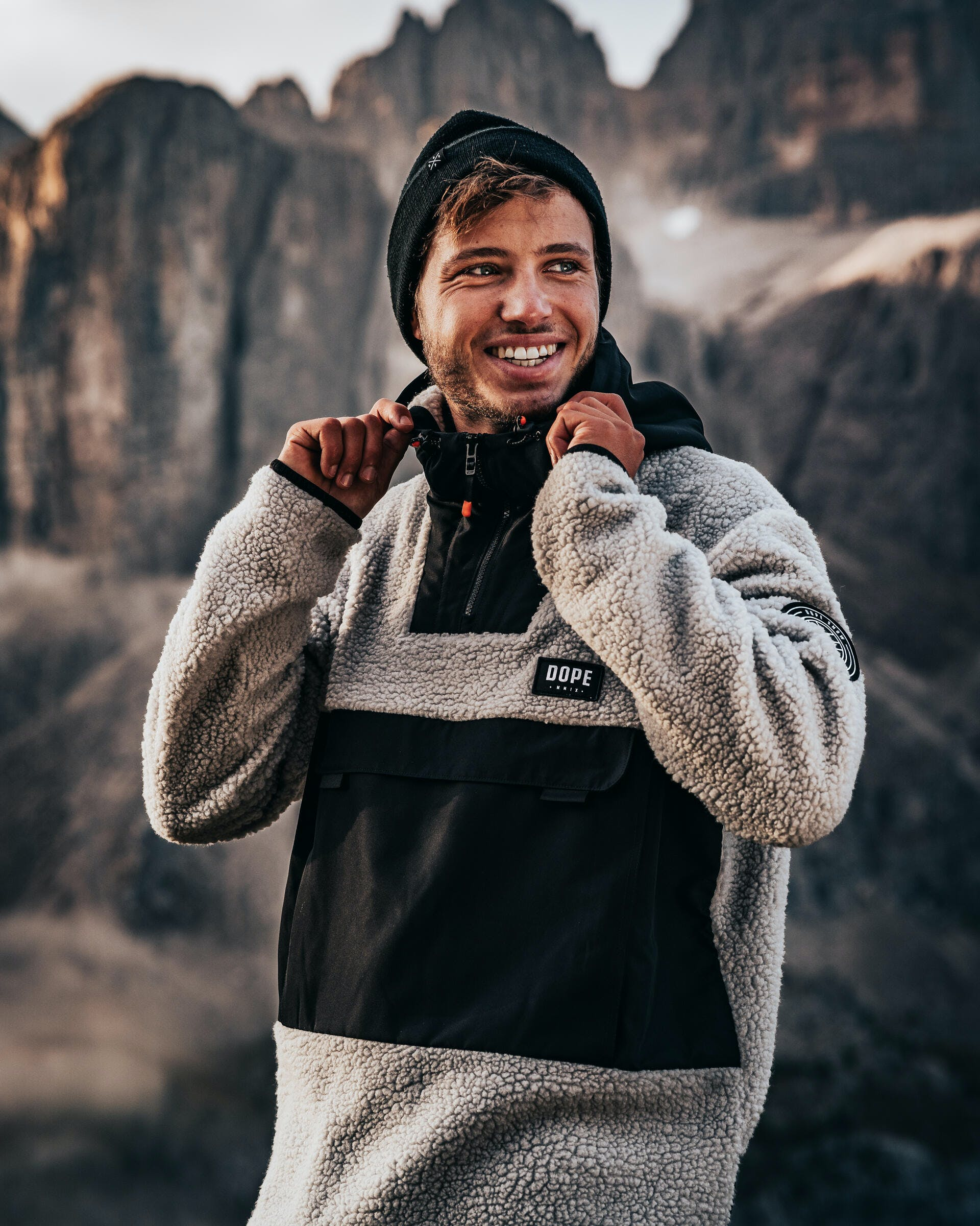 what to wear when you go hiking