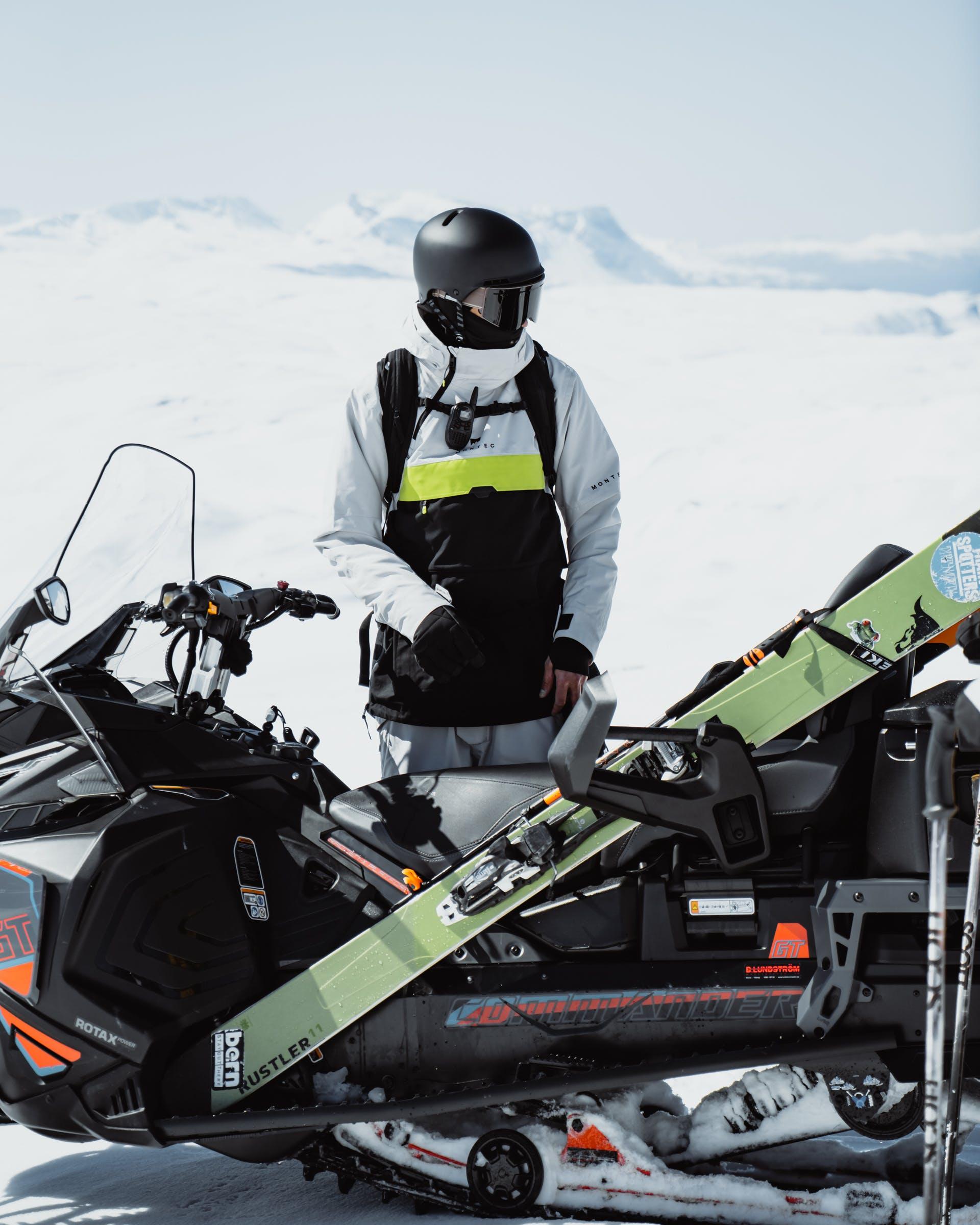 ski touring skis