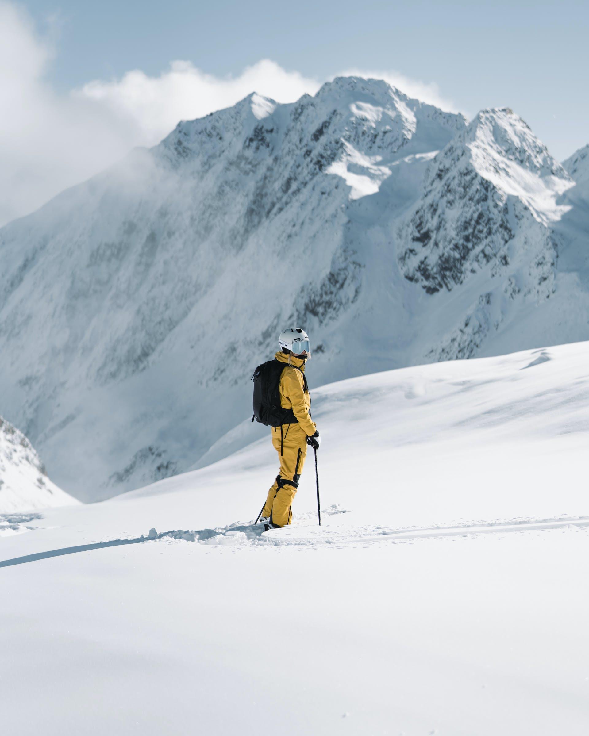 What makes Heli skiing so amazing?