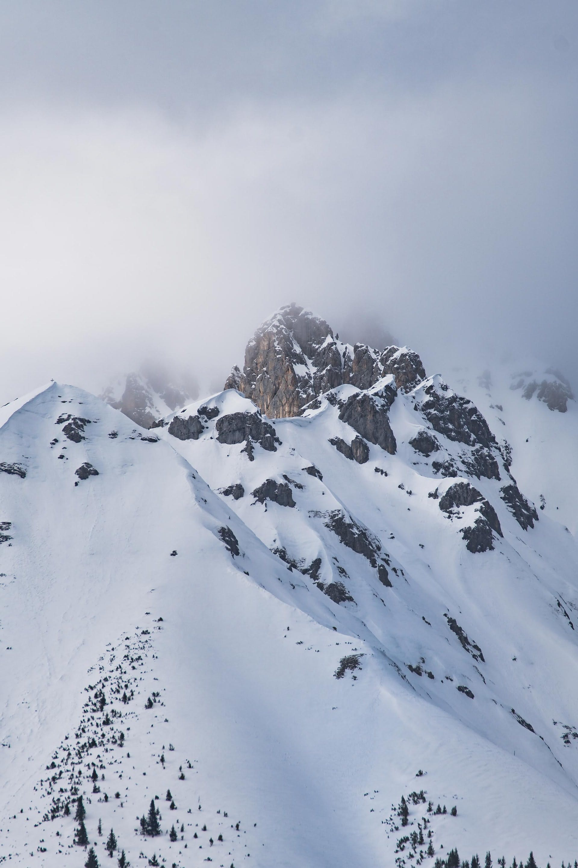 ski resorts and entertainment