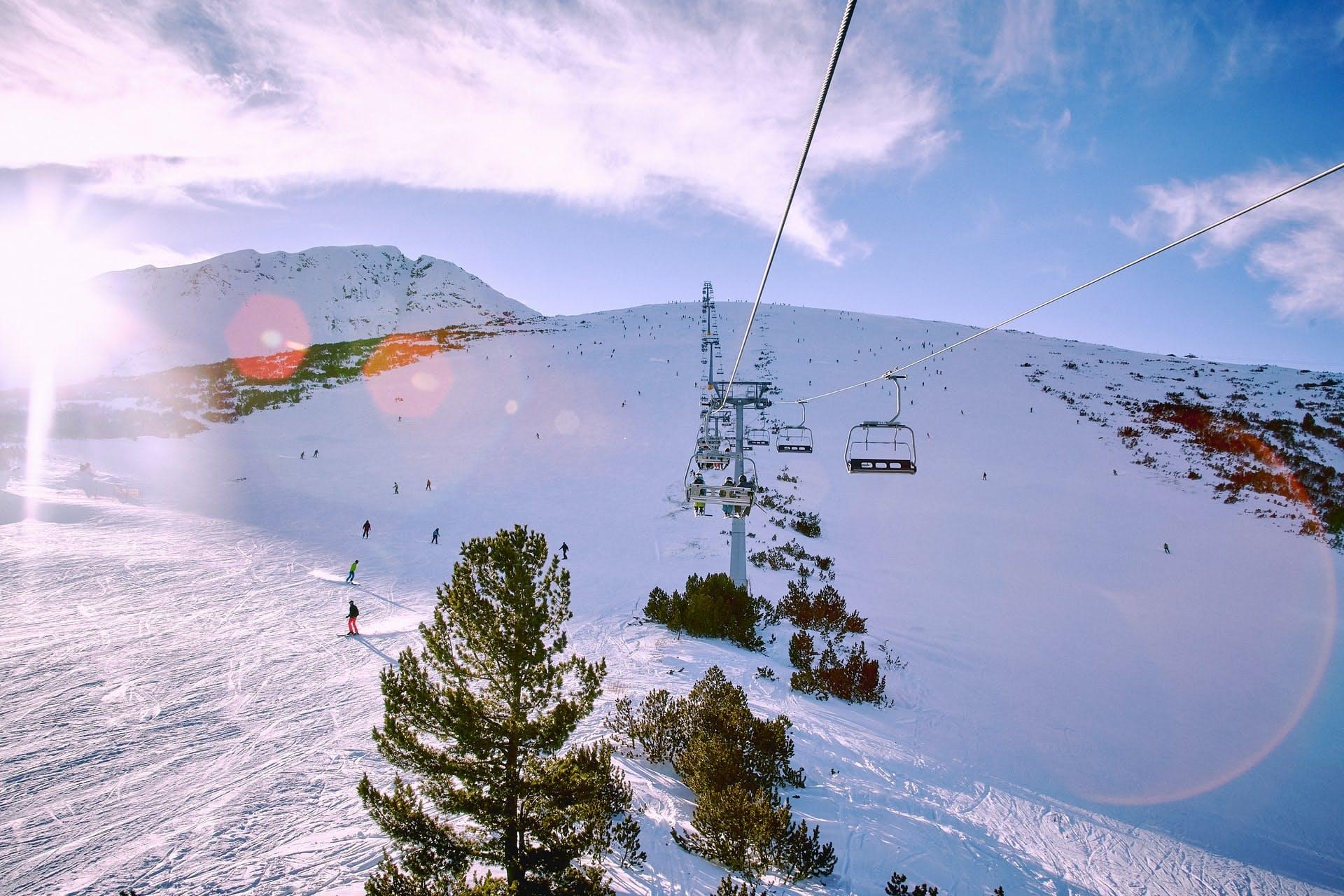 accommodation and ski pass