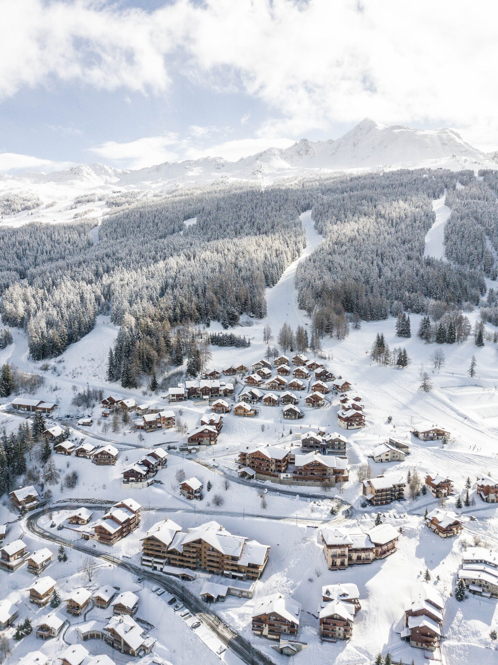 which ski school is the best france