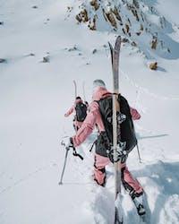 top-10-skigebiete-fuer-einen-girls-squad-skiurlaub-ridestore-magazine
