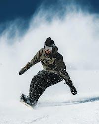 Tricktips- Hur du åker snowboard i lössnö - Ridestore Magazine