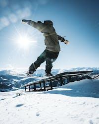 Tricktips- Lär dig jibbing med snowboard - Ridestore Magazine