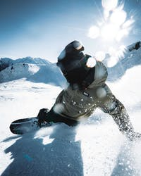wie-carve-ich-mit-dem-snowboard-ridestore-magazine